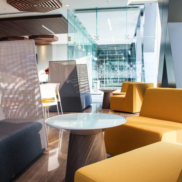 Difusor lineal DLI en cafeteria - Torre Valmex
