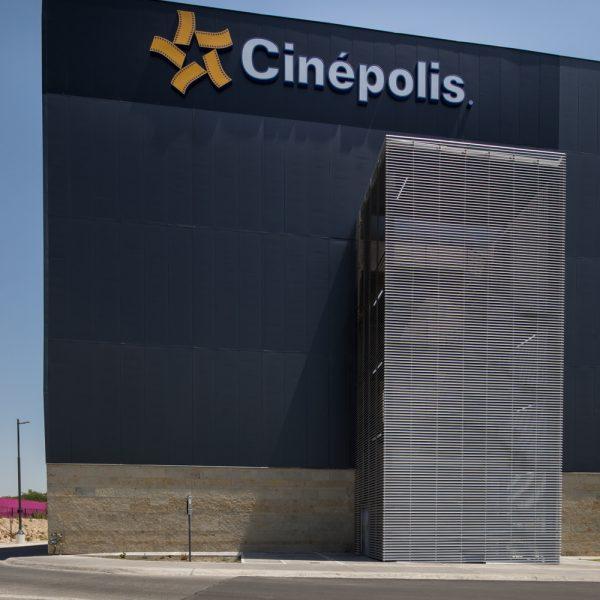 Louver HL3E Fachada en escalera - Cinepolis